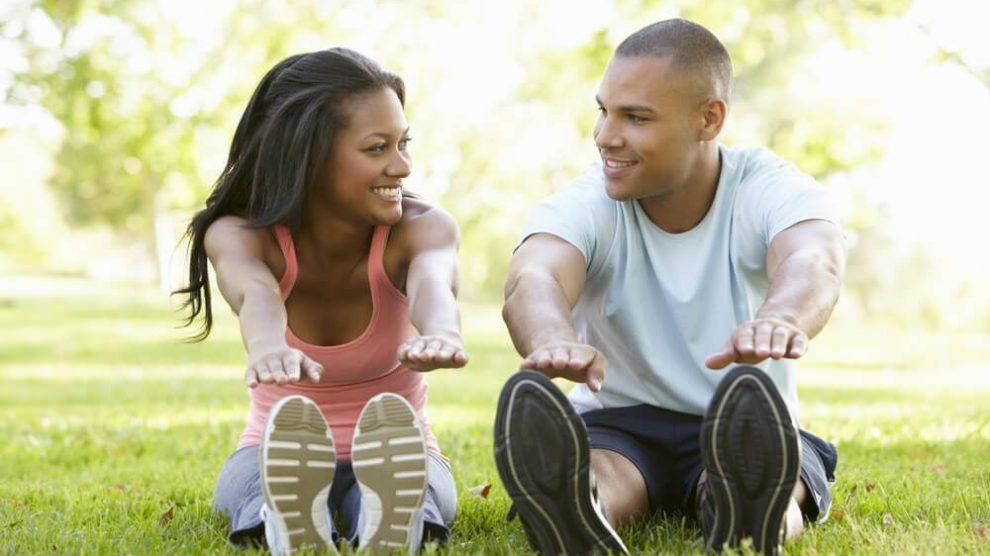 couple exercising